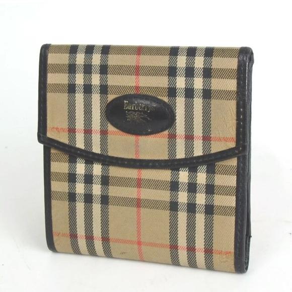 498837c2677e Burberry Handbags - Authentic Vintage BURBERRY nova check wallet
